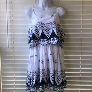 Love Riche Blue & White sleeveless dress